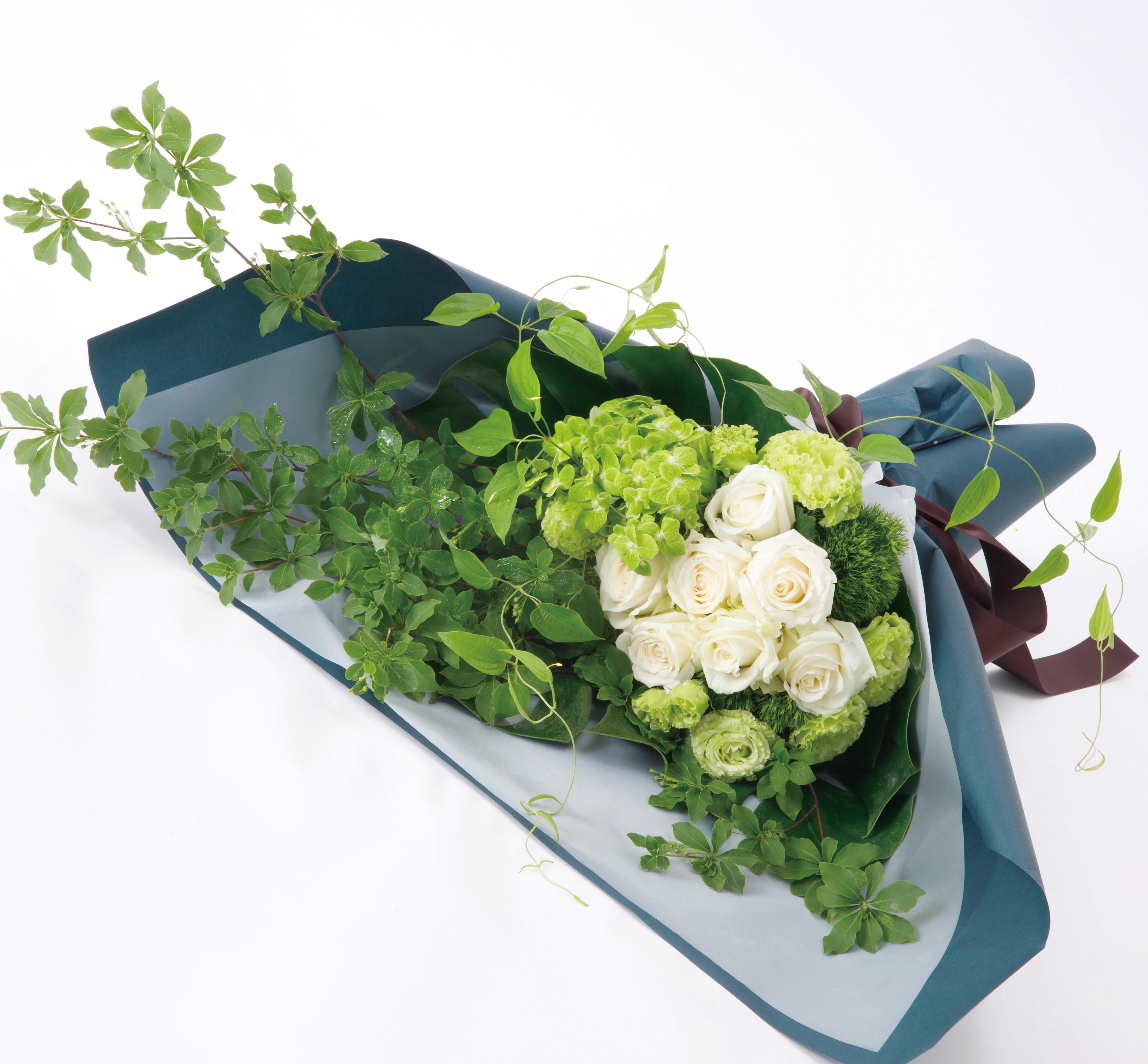 白・グリーンのお任せ花束(5500円~)